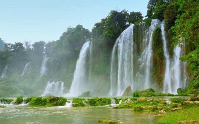 lovely wallpaper waterfall