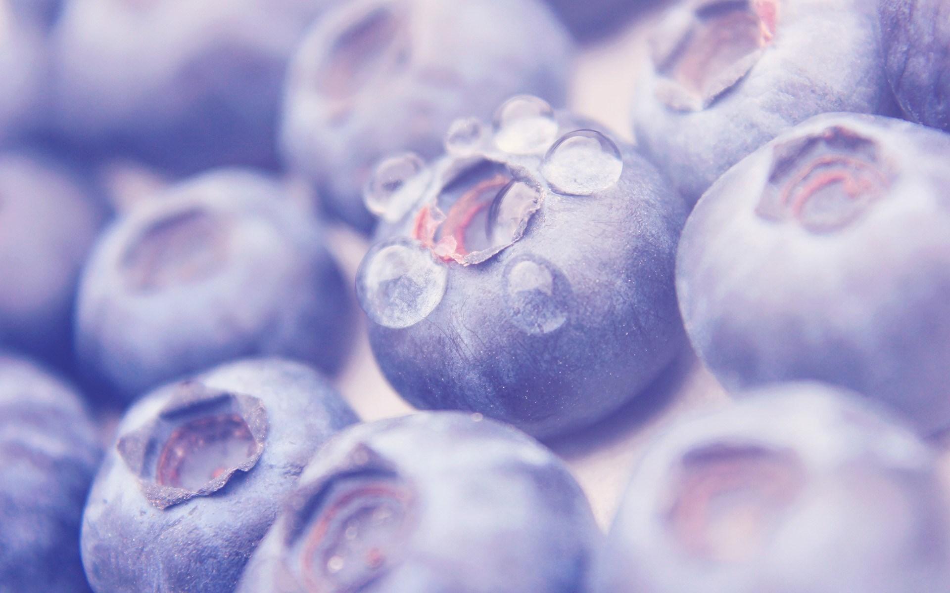 water droplets fruit